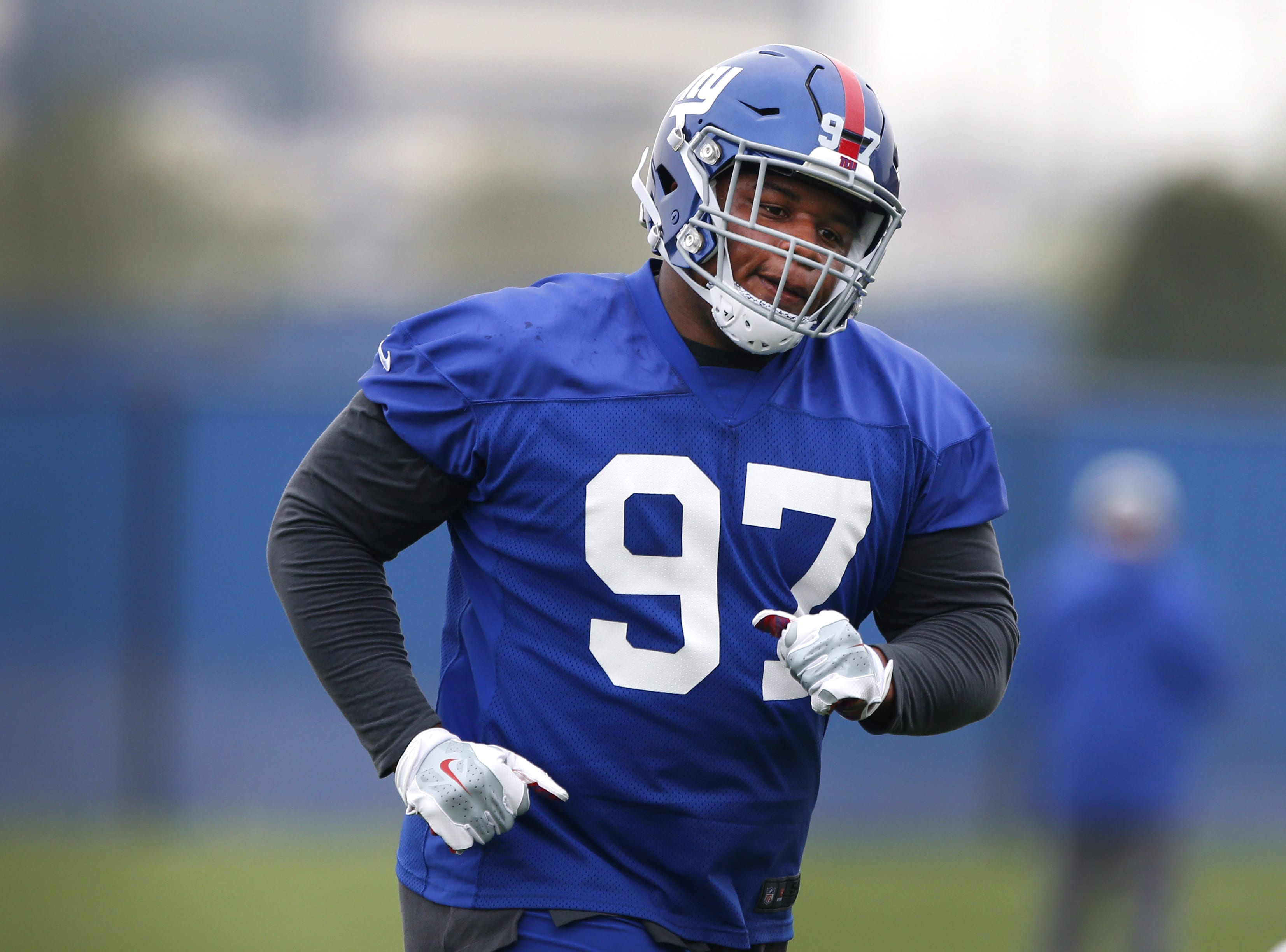 competitive price 76a30 9f880 New York Giants: Dexter Lawrence continues to show improvement