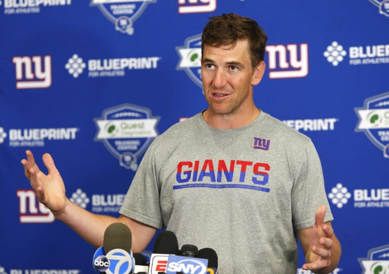 New York Giants: Eli Manning to have number retired by Ole Miss