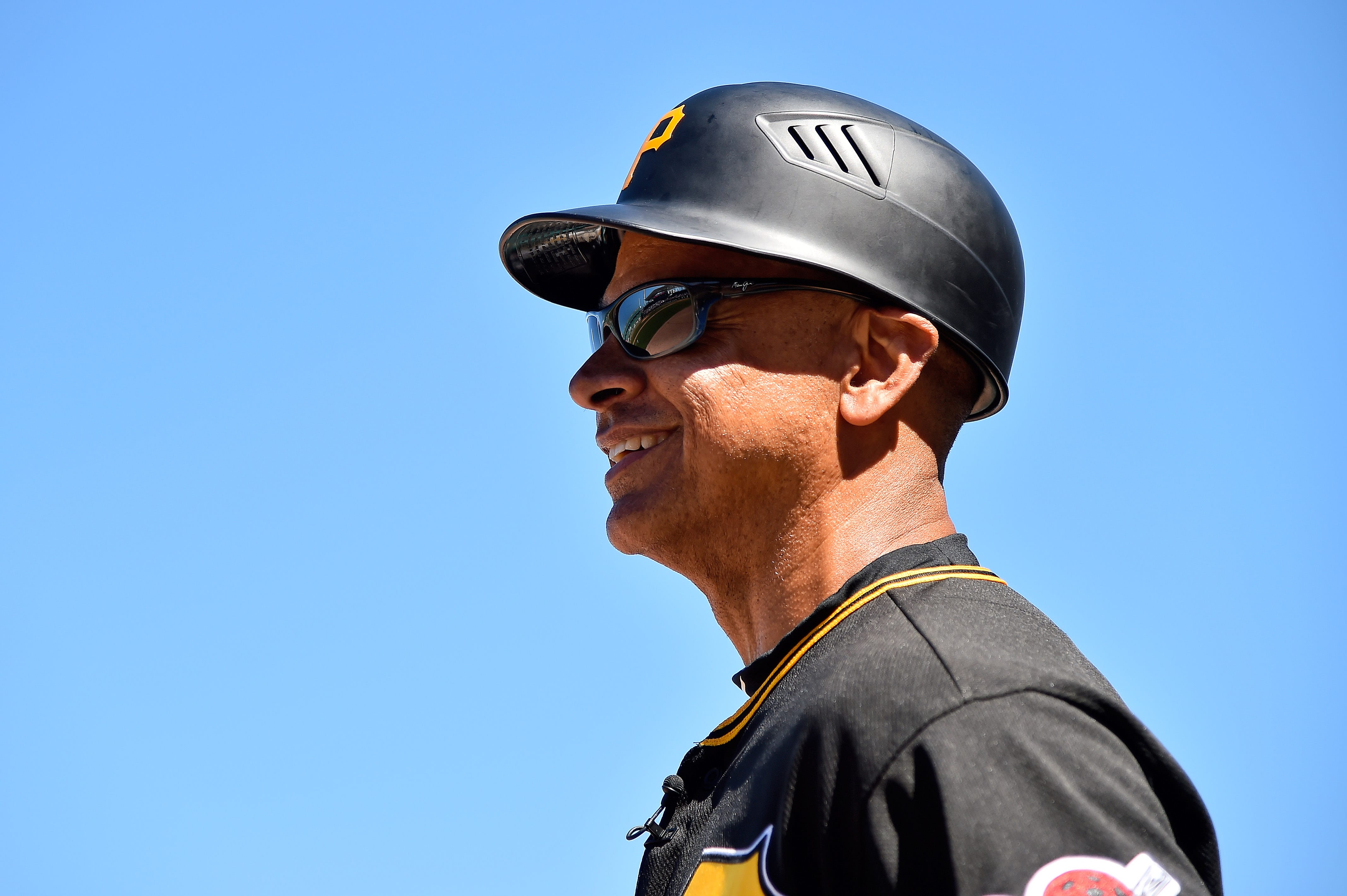 New York Mets Joey Cora A Strong Candidate For Bench Coach