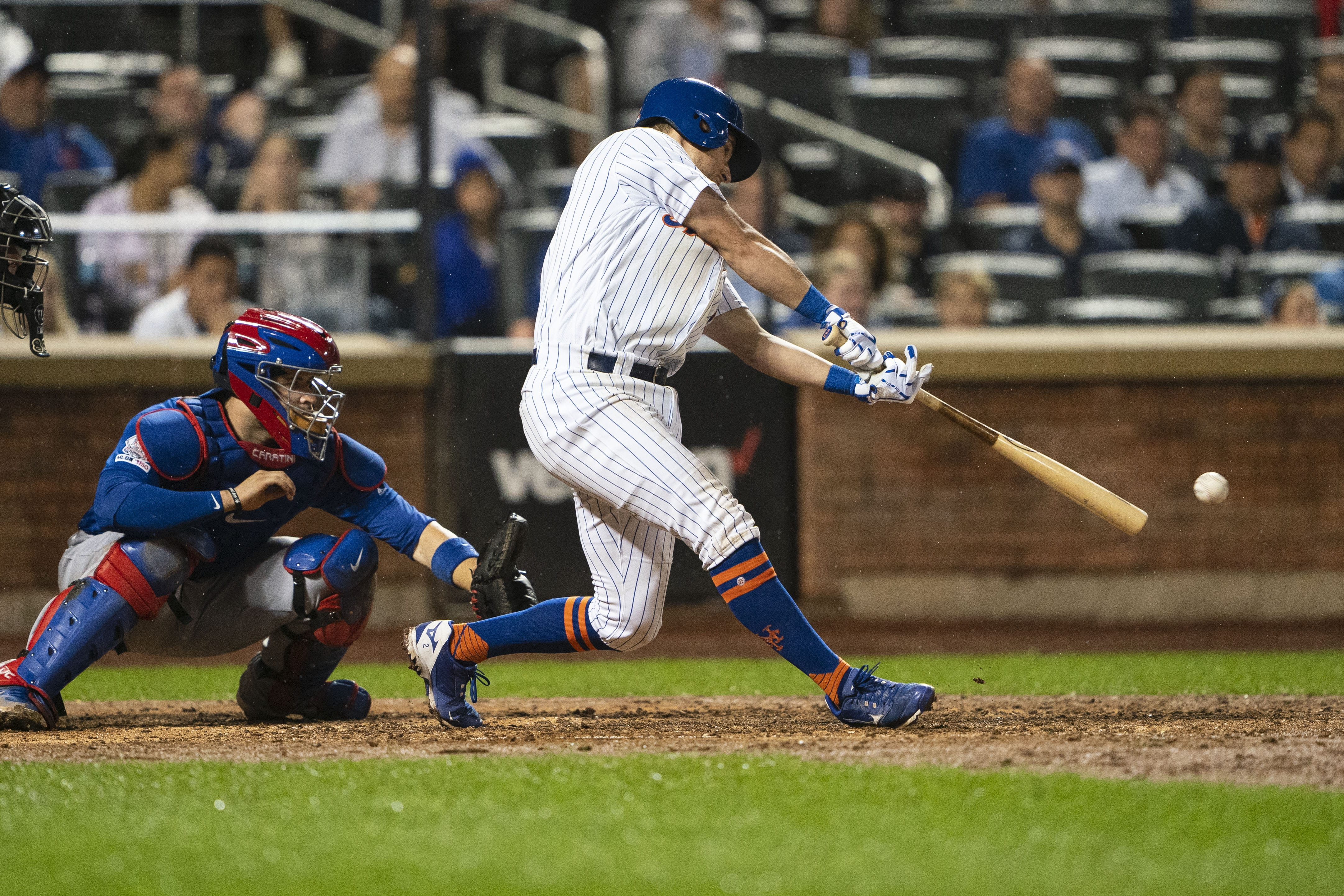 New York Yankees are looking into New York Mets' Joe Panik.