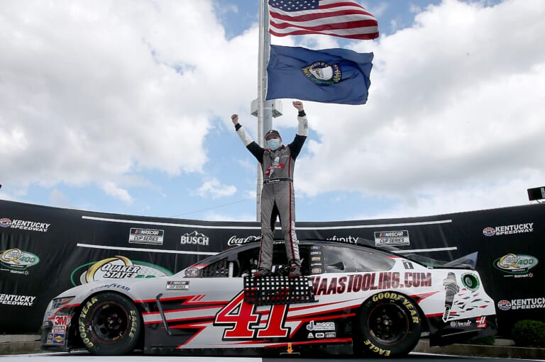 NASCAR: Rookie Cole Custer steals the last lap of a thriller in Kentucky
