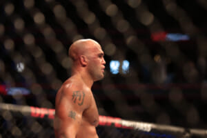 UFC: Robbie Lawler – Mike Perry fight is off