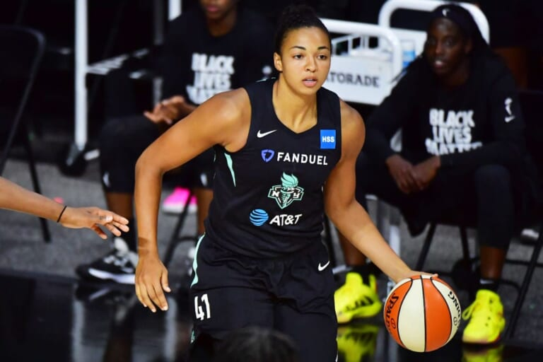 New York Liberty sign Kiah Stokes to contract extension
