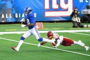 New York Giants place LB Tae Crowder on IR, sign pass rusher from Jacksonville practice squad