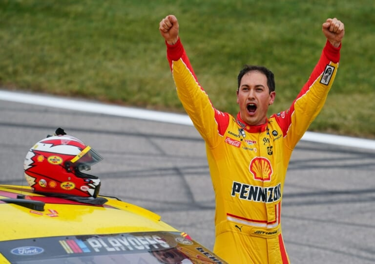 Pit road victory allows Joey Logano to advance to NASCAR's final four