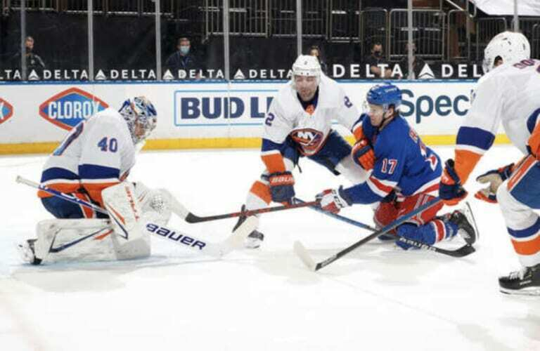 Semyon Varlamov's dominance of the Rangers adds to a recurring theme for the Islanders in recent years