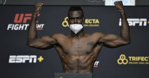 UFC books Uriah Hall – Sean Strickland