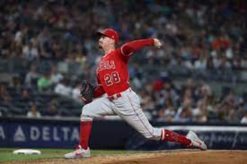 New York Yankees: Yankees get their starter, Andrew Heaney from the Angels