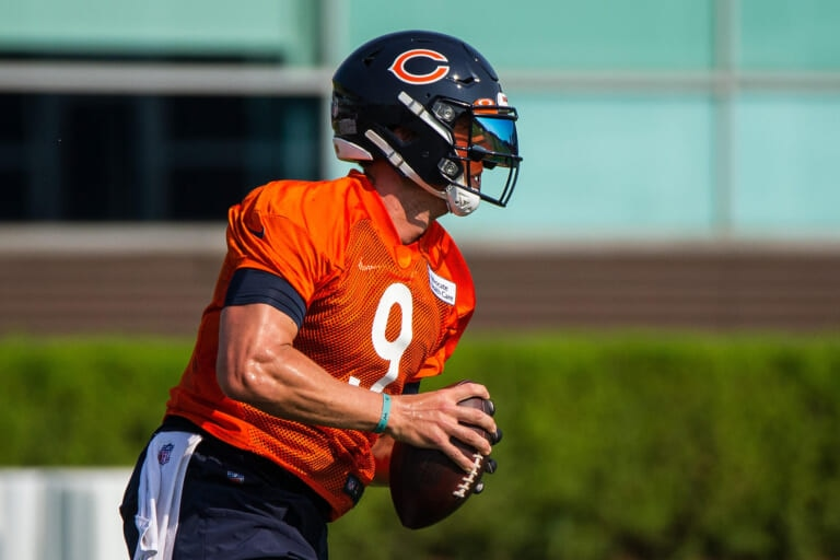Chicago Bears: Shipping Nick Foles out won't be easy