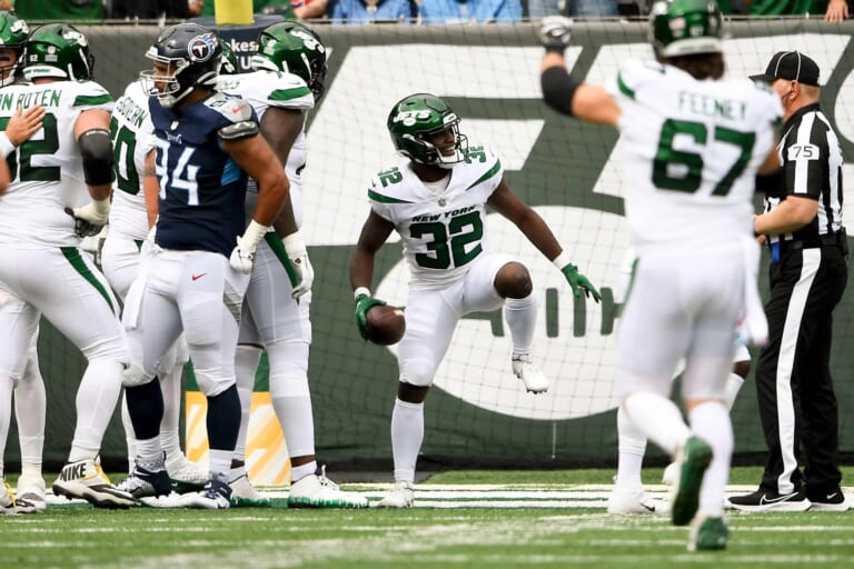 New York Jets: Grading Week 4's win vs. Tennessee
